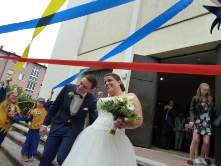 Nicole und Tobias starten ins Eheglück